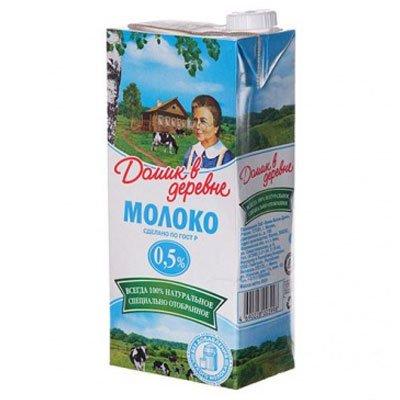 """Молоко """"Домик в деревне"""" 0,5% 950г (12шт.)"""